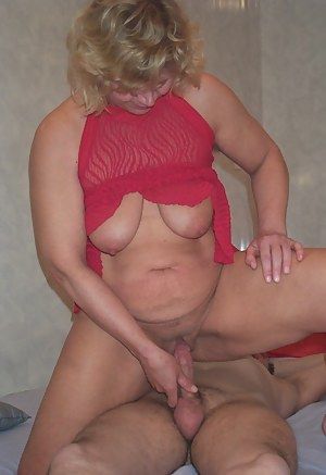 Homemade Moms Porn Pictures